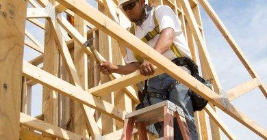 Understanding high suicide rate in building sector